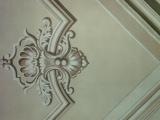 decorazione artistica finto rileivio sul soffitto