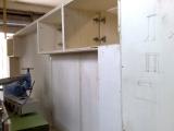 costruzione mobile a parete
